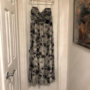 WHBM Size 16 Black & White Strapless Gown